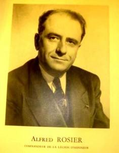 Photo d'Alfred Rosier dans Bulletin d'information du centre national des oeuvres universitaires et scolaires, n°70 année 1954-1955